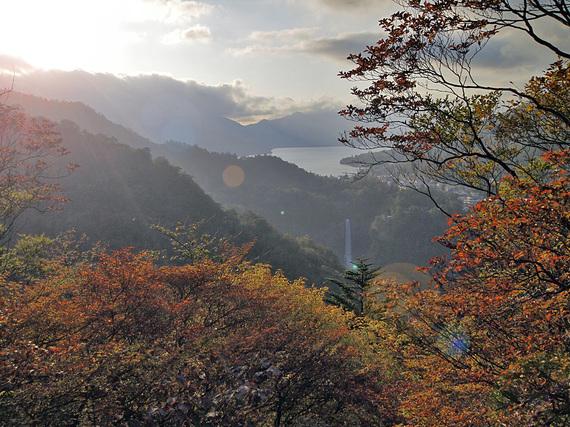 日光明智平より中禅寺湖を望む