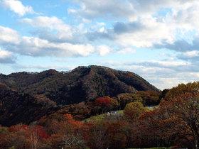 紅葉する霧降高原の山々2