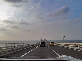 渋滞のアクアライン川崎方面