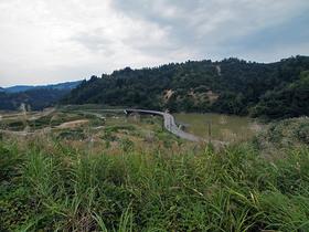 東竹沢のせき止め湖