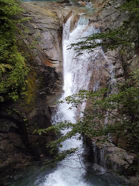 七ツ釜五段の滝1