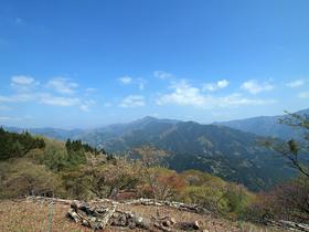 浅間嶺展望台から御前山方面の眺望