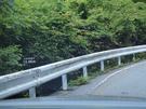 県道218号線の上日川峠までの距離表示