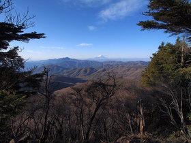 笠取山 東側からの展望