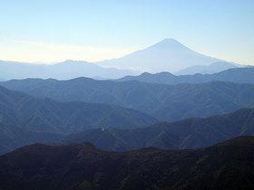 鷹ノ巣山から富士山の展望