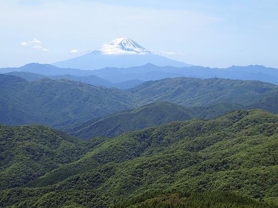笠取山から富士山の展望