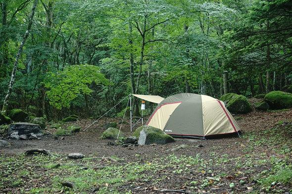 雨が収まったテントサイトの様子。