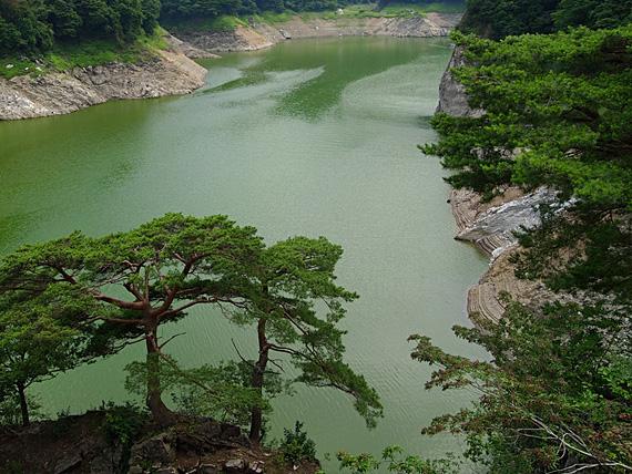 神流湖の風景