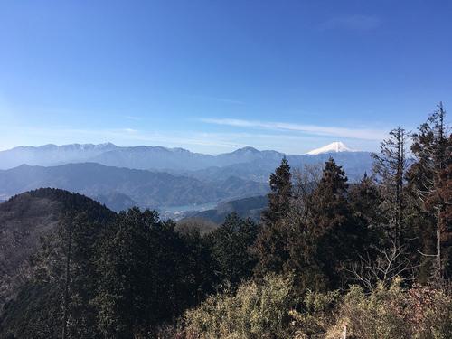 景信山から富士山の眺望