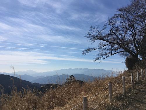 景信山のトイレ上部地点からのすばらしい展望