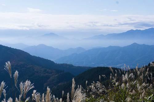 2018年11月3日(土)午前9:30 景信山からの展望その1