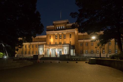 夜の国立科学博物館