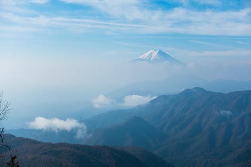 RX100IIIで撮影した朝靄に浮かぶ富士山