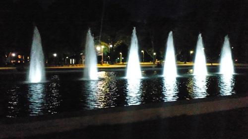 上野公園のライトアップされた大噴水