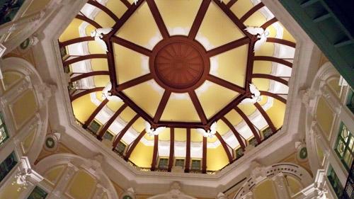 東京駅丸の内駅舎の天井