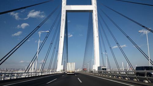 横浜レインボーブリッジ